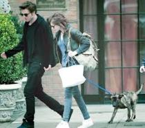 Robert Pattinson, Kirsten Stewart, Bear